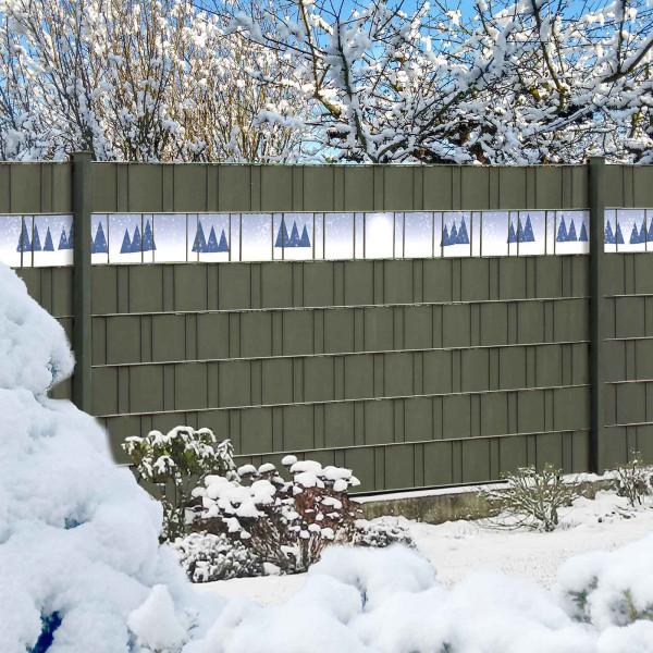Sichtschutzzaun mit PVC Sichtschutz Streifen Winterlandschaft