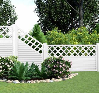 Zäune aus verschiedenen Materialien für Garten und Terrasse