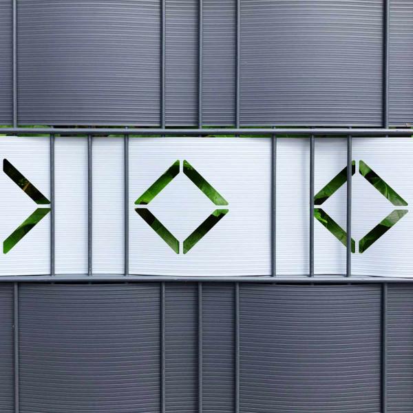 Dekorativer Sichtschutz aus Hart-PVC